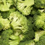 800px-Broccoli_bunches