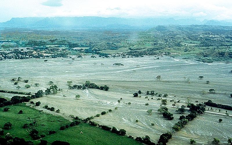 Quello che resta della città di Armero un tempo al centro foto (fonte sito USGS)