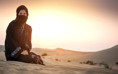 I freschi abiti neri dei beduini