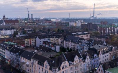L'incendio al Chempark di Leverkusen